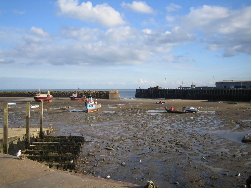 FHC Sprachreisen - England, Folkestone Hafen bei Ebbe 0