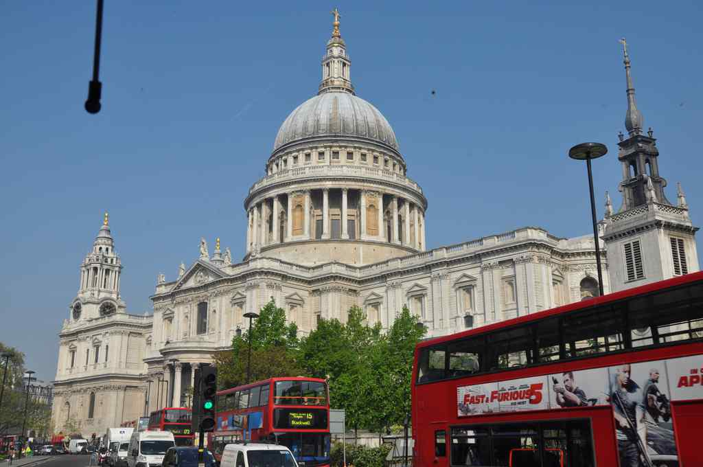 FHC Sprachreisen - London - St. Pauls