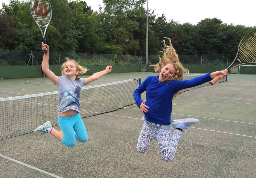 FHC Sprachreisen - Tennis