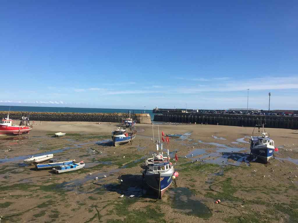 Folkestone England Hafen bei Ebbe