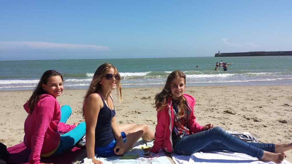 FHC Sprachreisen - Strand Folkestone 3